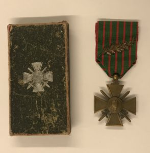 Minnie Burdick's Croix de Guerre medal and case from French government