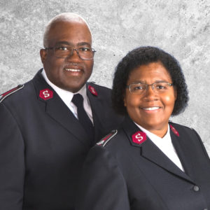 Graphic button showing a photo of Lt. Colonels Lonneal and Patty Richardson